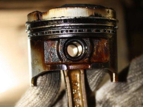 Причины залегания маслосъемных колец
